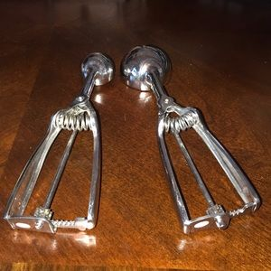Pampered Chef cookie scoops